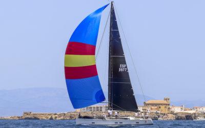 Pez de Abril y Elite Sails más cerca del Tabarca Vela Diputación de Alicante
