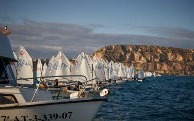 La Semana Náutica de Alicante afronta este fin de semana su segundo desafío con la celebración de la competición de Vela Infantil